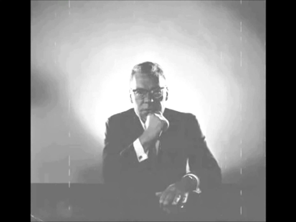 19 Minutes with Earl Nightingale
